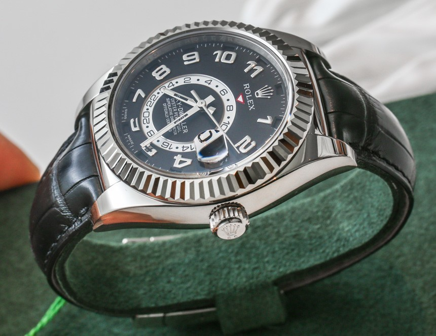 Replica Rolex Sky-Dweller Watches With White Gold Hands