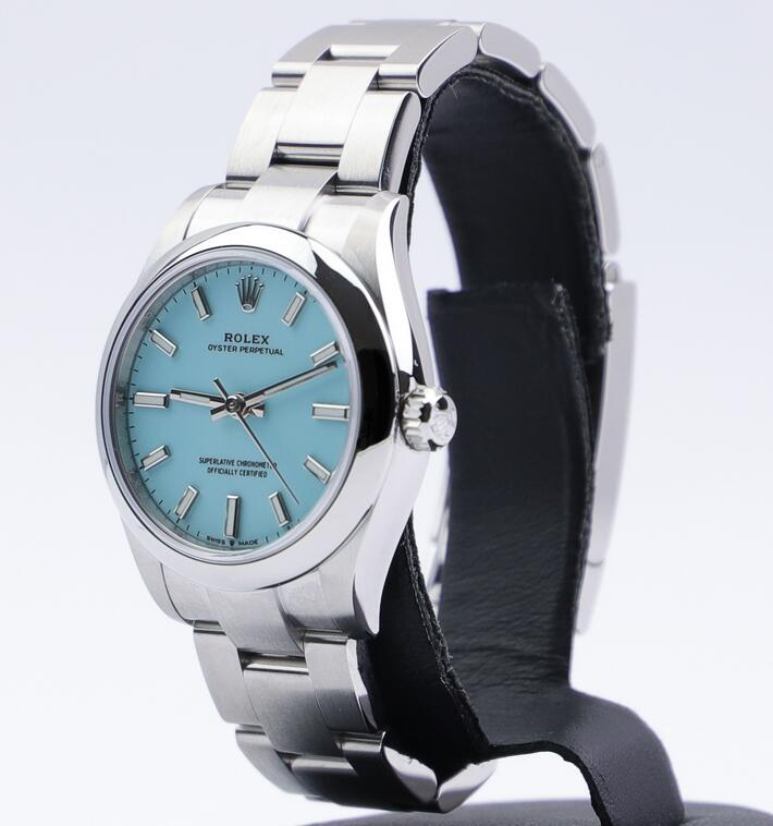 Online replica watches are quite quality with the delicate Oystersteel material.